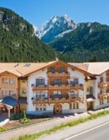 My Kosher Hotel Srl 2020 in the Dolomite Mountains, Italy