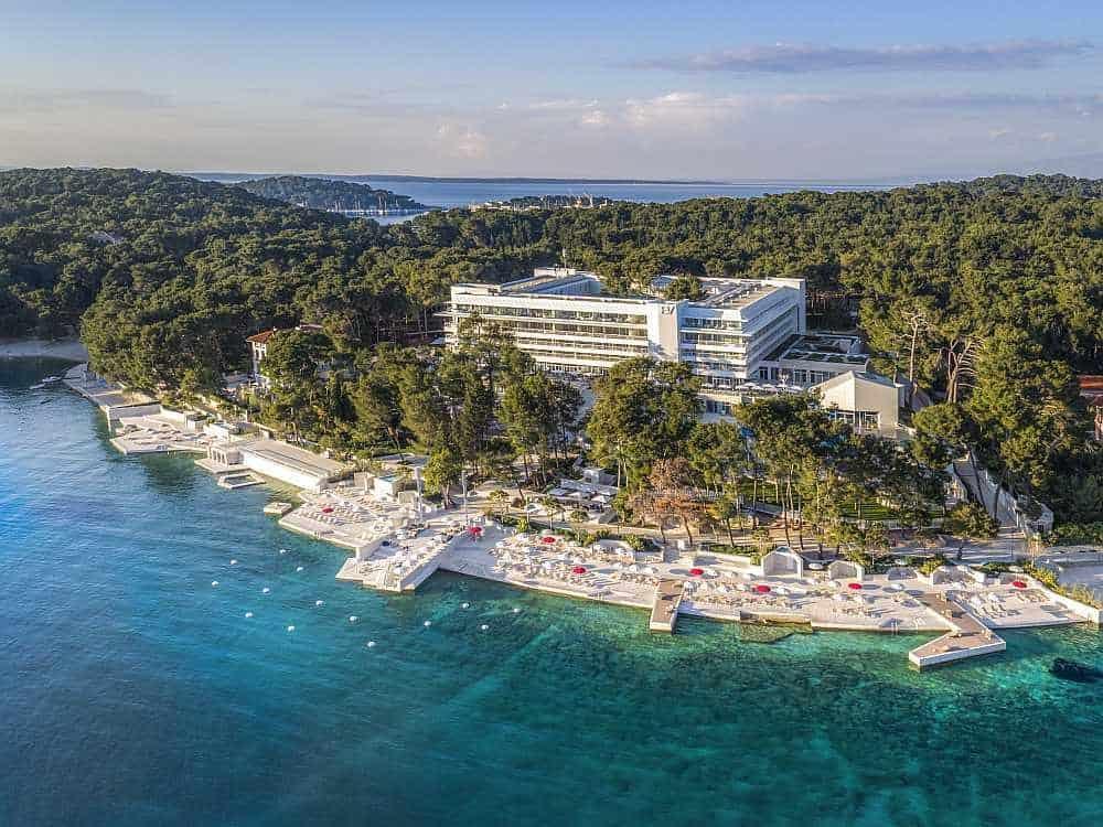 Croatia Passover Hotel